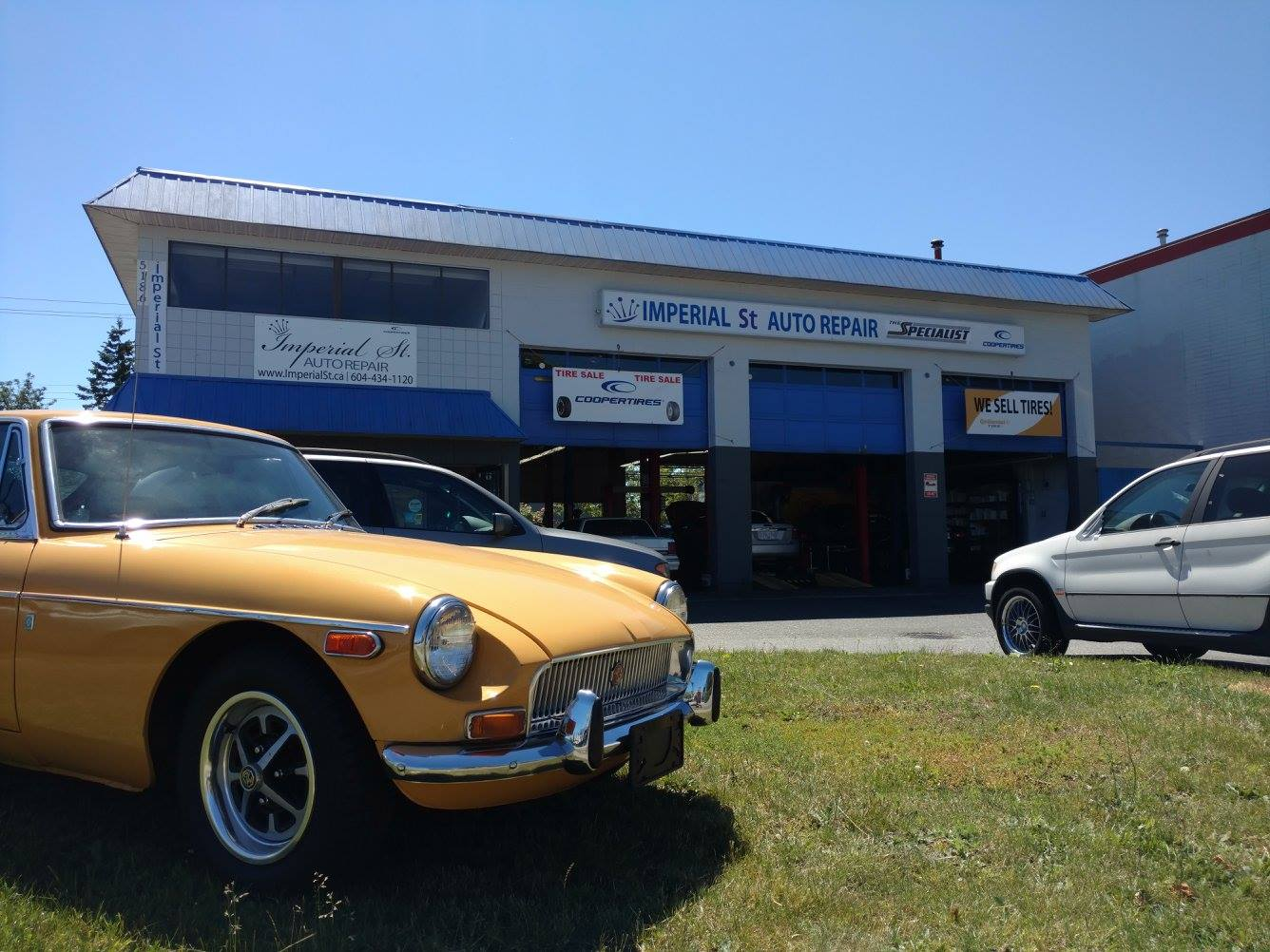 Imperial Street Auto Repair Shop Image